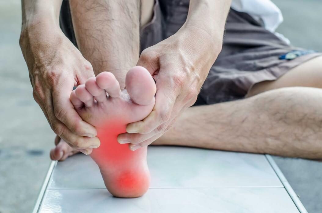 Calcanhar dolorido ? Fascite plantar ou esporão